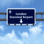 שלט הכוונה ל-Stansted airport